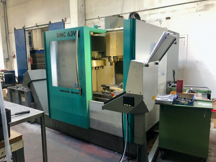 DECKEL MAHO Vertical Machining Centre