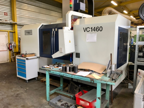 SPINNER Vertical Machining Center with 4th axis