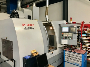 LEADWELL Vertical Machining Centre with 4th axis
